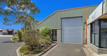 2 Edols Place North Geelong VIC 3215 - Image 1