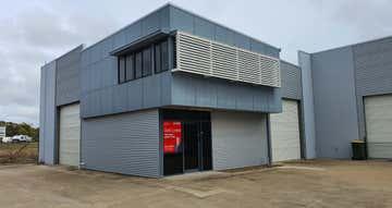 2/46 Southern Cross Circuit Urangan QLD 4655 - Image 1