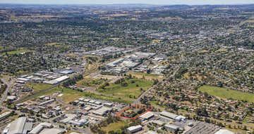 1 Leewood Drive Orange NSW 2800 - Image 1