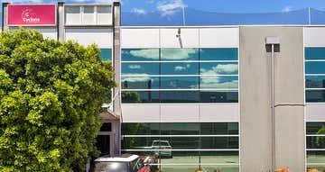 31/3 Westside Avenue Port Melbourne VIC 3207 - Image 1