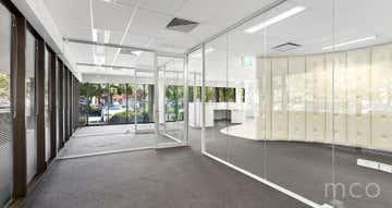 Suite 4, 574 Plummer Street Port Melbourne VIC 3207 - Image 1
