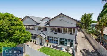 8 The Avenue Hermit Park QLD 4812 - Image 1