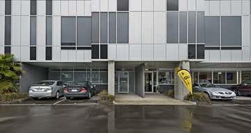 7/42 Sabre Drive Port Melbourne VIC 3207 - Image 1