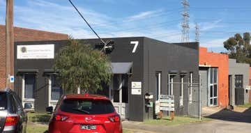 Unit  1, 7 Elliot Place Ringwood VIC 3134 - Image 1