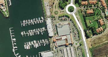 Hope Island QLD 4212 - Image 1