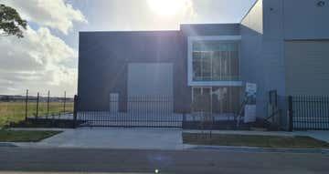 26 Lonhro Boulevard Cranbourne West VIC 3977 - Image 1