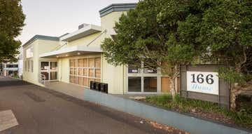 1/166 Hume Street East Toowoomba QLD 4350 - Image 1