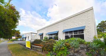 Unit 2/18 Rene Street Noosaville QLD 4566 - Image 1
