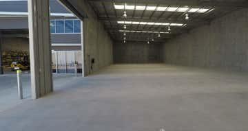 Unit 4, 24 Technology Drive Arundel QLD 4214 - Image 1