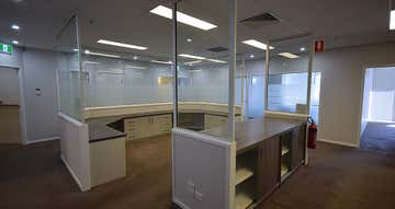 Suite 8, 532 - 542 Ruthven Street (Level 2) Toowoomba City QLD 4350 - Image 1