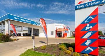 48-50 Hammond Avenue (Sturt Highway) Wagga Wagga NSW 2650 - Image 1