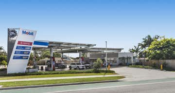 2-4 Cnr Riverway Drive & Santal Drive Rasmussen QLD 4815 - Image 1