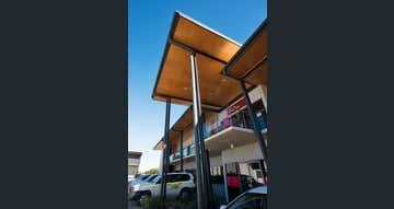 North Mackay Central, 25-29 Evans Avenue North Mackay QLD 4740 - Image 1