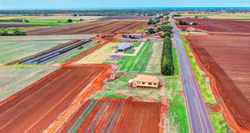 527-537 Bargara Road Qunaba QLD 4670 - Image 1