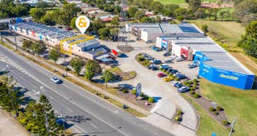 2/229 Junction Road Morningside QLD 4170 - Image 1