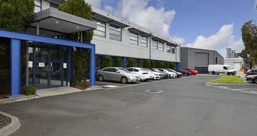 1-2 Wandarri Court Cheltenham VIC 3192 - Image 1