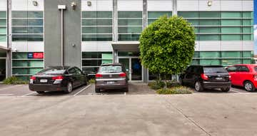 16/3 Westside Avenue Port Melbourne VIC 3207 - Image 1
