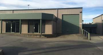 Unit 4, 35-37 Aldenhoven Road Lonsdale SA 5160 - Image 1