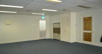 Suite 28, 119 Camooweal Street Mount Isa QLD 4825 - Image 1