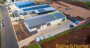 Rear Warehouse 2, 7 McGuinn Crescent Dubbo NSW 2830 - Image 1