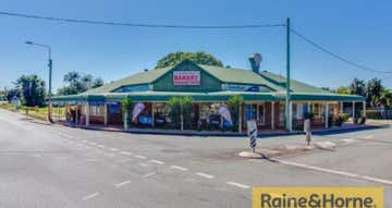 Shop 5, 160-162 Broadwater Terrace Redland Bay QLD 4165 - Image 1