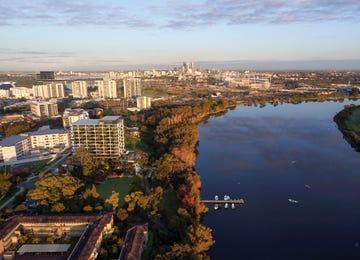 Parallel Riverfront Apartments Rivervale
