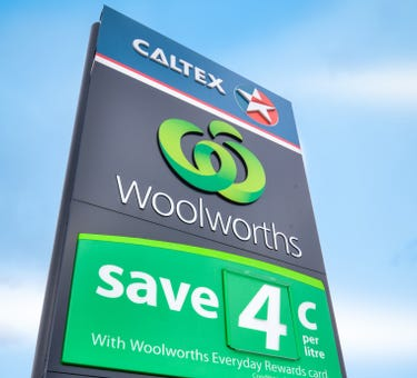 Woolworths / Caltex, 110 Humffray Street South, Ballarat Central, Vic 3350