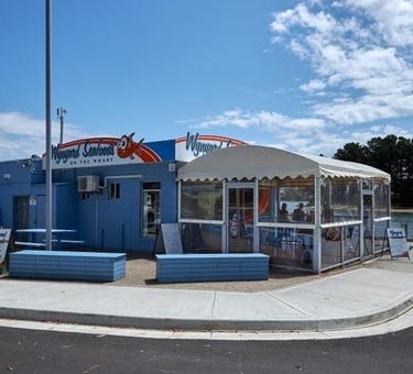 Wynyard Seafoods on the Wharf, 3 Goldie Street, Wynyard, Tas 7325