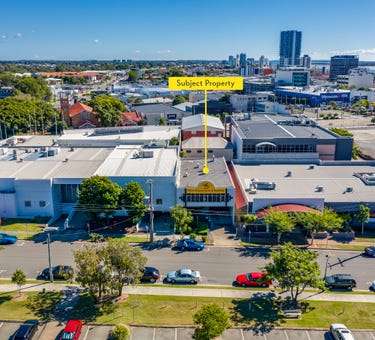 17 Suter Street, Southport, Qld 4215