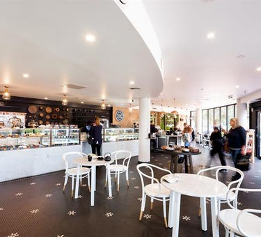 6 / 3-5 Bungan Street, Mona Vale, NSW 2103