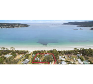 Harpers on the Beach, 8 Harpers Place, White Beach, Tas 7184
