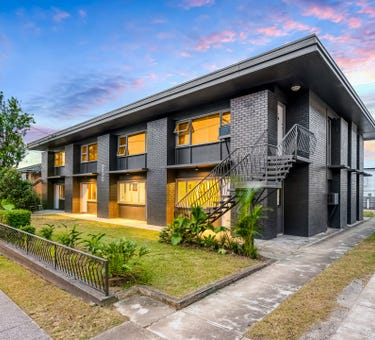 230 Cavendish Road, Coorparoo, Qld 4151