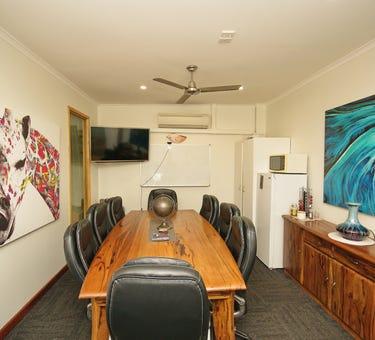 Traveltown, 27 & 28, 21-25 Lake Street, Cairns City, Qld 4870