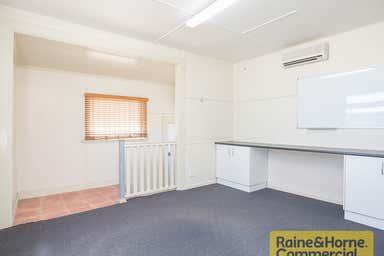 70 Rookwood Avenue Coopers Plains QLD 4108 - Image 3
