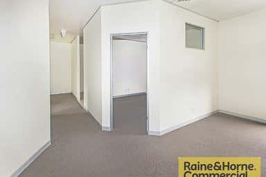 Grange QLD 4051 - Image 3
