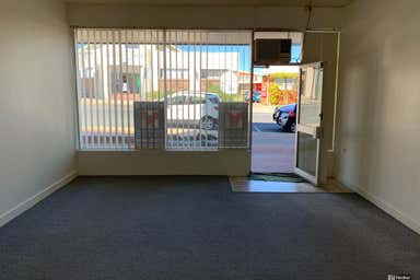 Shop 2, 1 Kent Street cnr Ridge Street Nambucca Heads NSW 2448 - Image 3