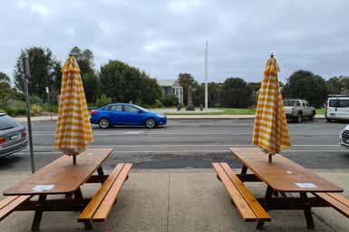 Kafe Kaos, 54-56 Mountjoy Parade Lorne VIC 3232 - Image 4