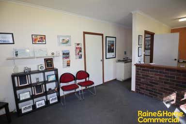 204 Hammond Avenue Wagga Wagga NSW 2650 - Image 3