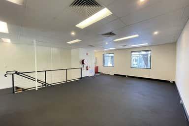 15/76 Doggett Street Newstead QLD 4006 - Image 3