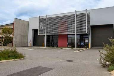 Unit 1, 16 Mordaunt Circuit Canning Vale WA 6155 - Image 3