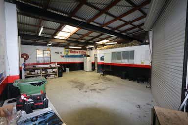 1/39 West Burleigh Road Burleigh Heads QLD 4220 - Image 3