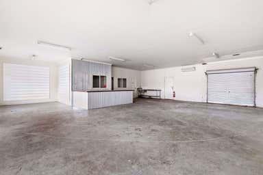 914 Howitt Street Wendouree VIC 3355 - Image 3