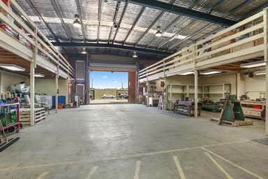 8 Roseneath Street North Geelong VIC 3215 - Image 3