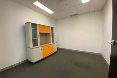30115/27 Garden Street Southport QLD 4215 - Image 3