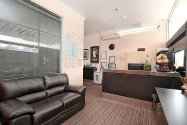 734 Waverley  Road Malvern East VIC 3145 - Image 3