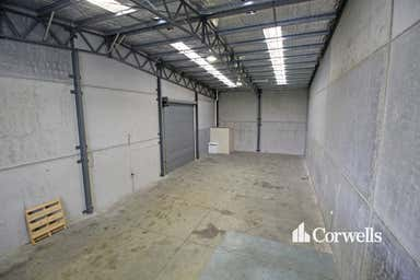 2/12 Telford Place Arundel QLD 4214 - Image 3