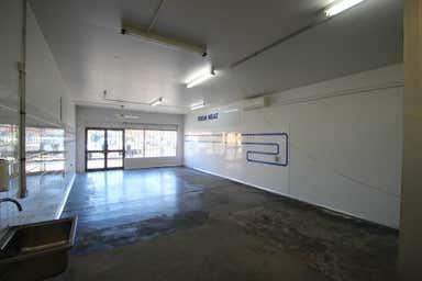 2/2-4 Beverley Avenue Warilla NSW 2528 - Image 3
