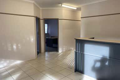 21 & 22, 25-31 Grafton Street Cairns City QLD 4870 - Image 4