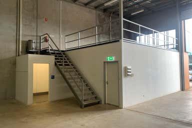 1-5 Gardner Court - Unit 2 Wilsonton QLD 4350 - Image 2