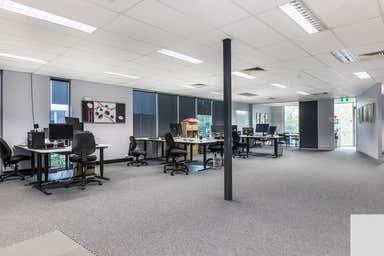 22/8 Metroplex Avenue Murarrie QLD 4172 - Image 3
